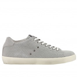 Sneakers Leather Crown M136 .
