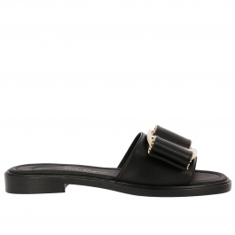 Flat sandals Salvatore Ferragamo 690754 01N402