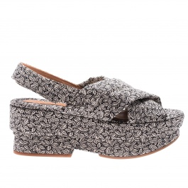 Wedge shoes Chie Mihara drama