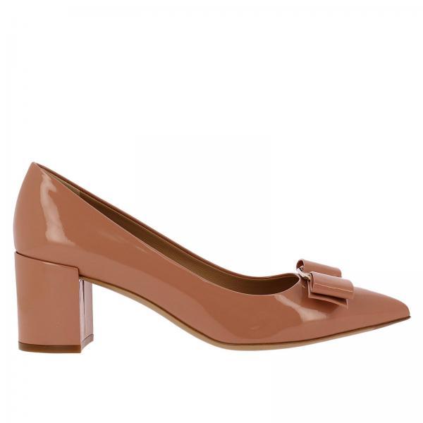 705ef2f182310 Court shoes Women Salvatore Ferragamo Powder