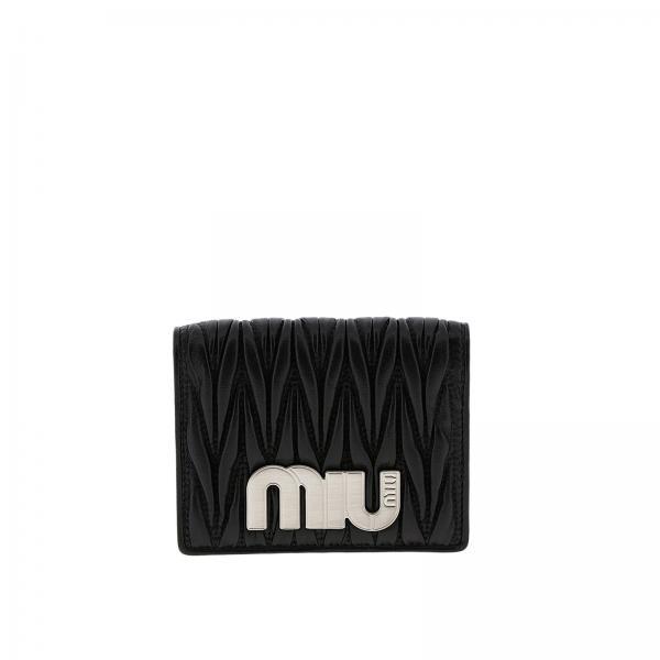 1c883367e8 Portafoglio Donna Miu Miu | Portafoglio Quadrato In Pelle Matelassé Con  Logo | Portafoglio Miu Miu 5mv204 2b4q - Giglio IT