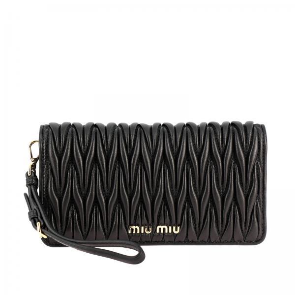 Borsa mini chain wallet in vera pelle matelassé con logo Miu Miu