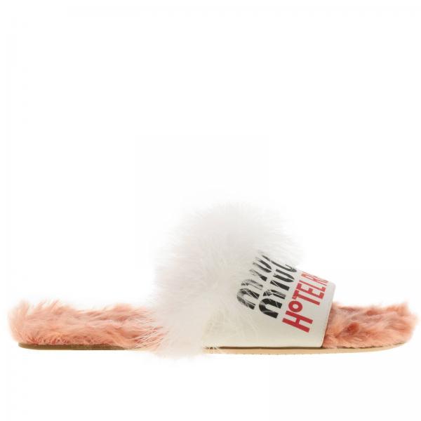 Sandalo flat in eco shearling con fascia in denim e maxi logo