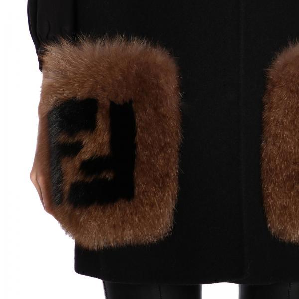 Double Monogramma Tasche Toppe Pelliccia A Con E Cappa Ff Fendi In Maxi Lana mvNwO80n