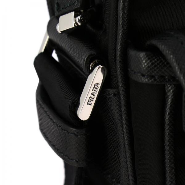 Fibbia Borsa A Triangolare 2vh074 In Prada E Ooo Tracolla Logo Bag NeroCamera Nylon 064 Con Uomo vnm80wON