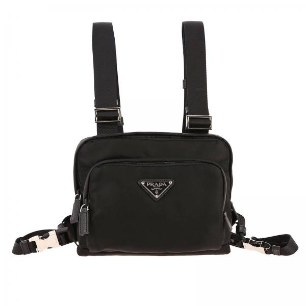 Borsa Camera Bag a pettorina in nylon con logo Prada triangolare