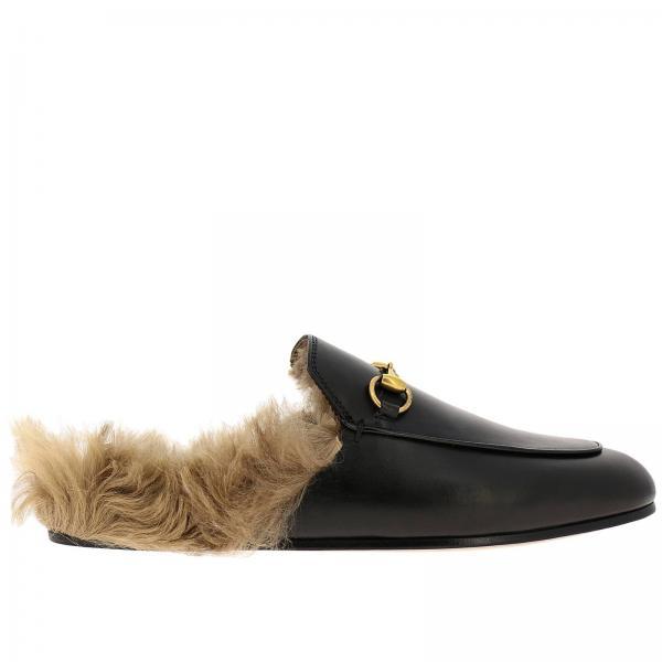 Sandalo Princetown Gucci a pantofola in vera pelle con morsetto metallico e interni di pelliccia
