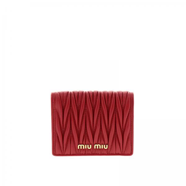 Portafoglio quadrato in vera pelle soft matelassé con logo Miu Miu