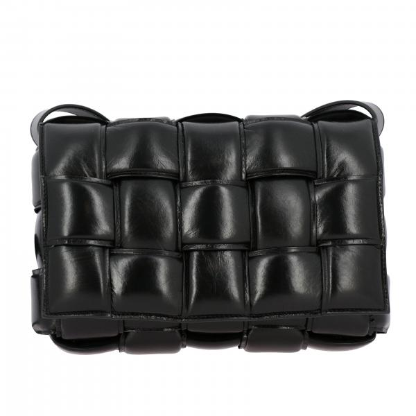 Borsa Cassette Padded Bottega Veneta a tracolla in pelle con maxi intrecciato