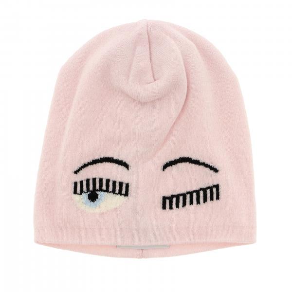 Chiara Ferragni hat with maxi eyes flirting