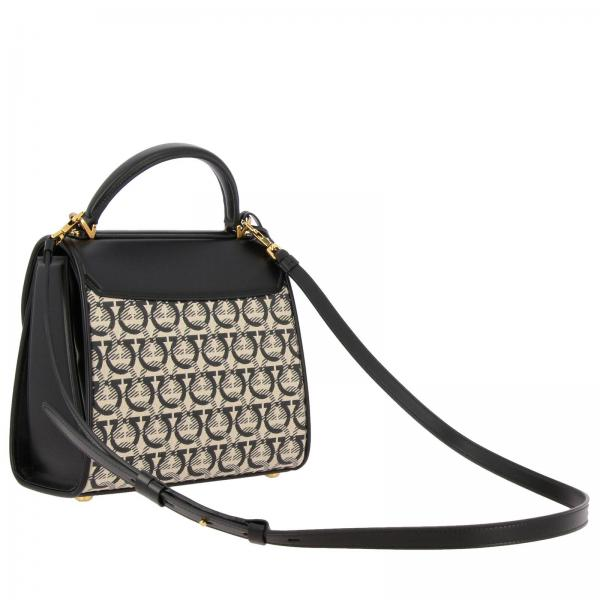 Tela Gancio Donna Pelle Liscia All Con Over E In Salvatore 21h849 Mini Ferragamo Borsa Media NeroBoxyz dWxBCero