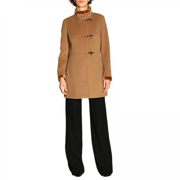check out 16e73 4770c Cappotto virginia fay con alamari in panno di misto cashmere e velluto