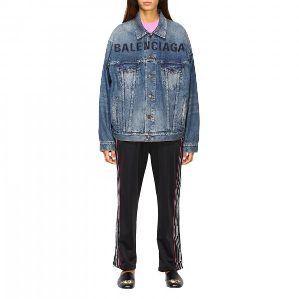 Giubbotto di jeans con maxi logo Balenciaga