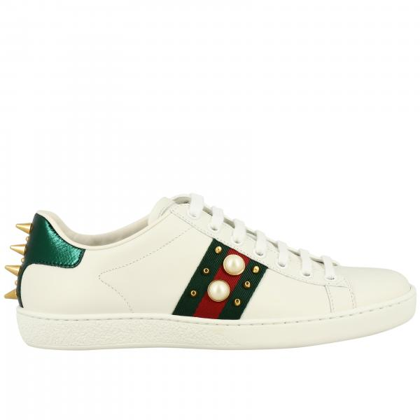 Sneakers New Ace Gucci in pelle con fasce Web maxi perle e borchie