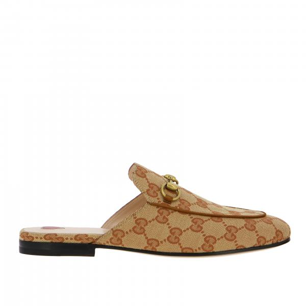 Gucci in Princetown slipper with clamp and GG Supreme monogram
