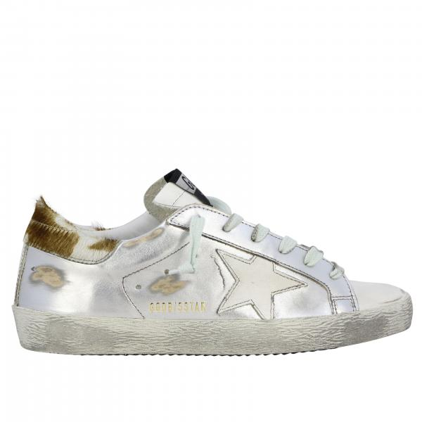 Sneakers Superstar Golden Goose in pelle laminata con stella