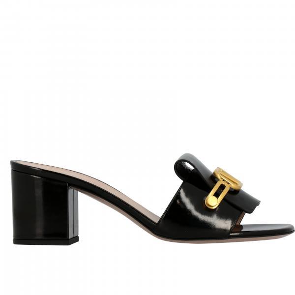 Valentino Garavani patent leather sandal with VLogo