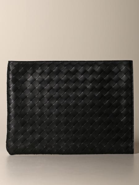 Bottega Veneta Clutch aus gewebtem Leder