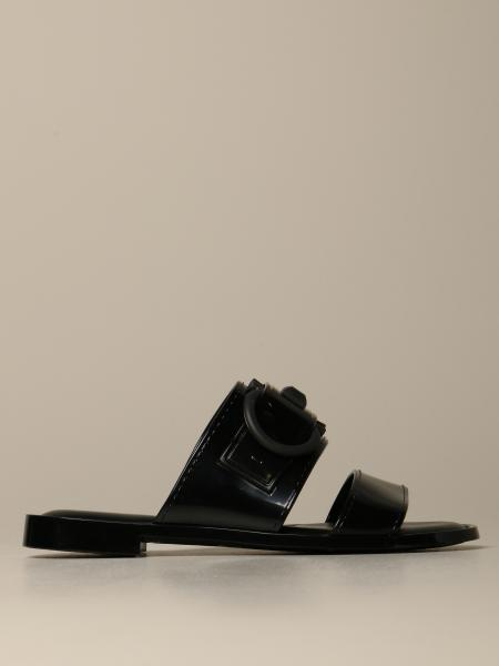 Taryn sandal with double bands with Mediterranean hook