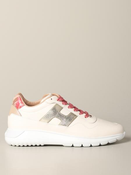 Interactive cube sneakers in python print leather