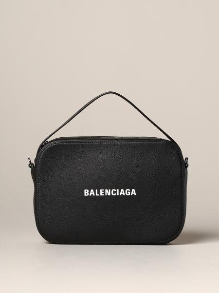 Borsa Everyday XS camera bag Balenciaga con logo