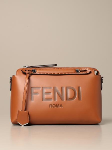 Bauletto By the way Fendi in pelle di vitello