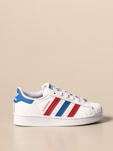 Adidas: Sneakers Superstar Adidas Originals in pelle con dettagli colorati