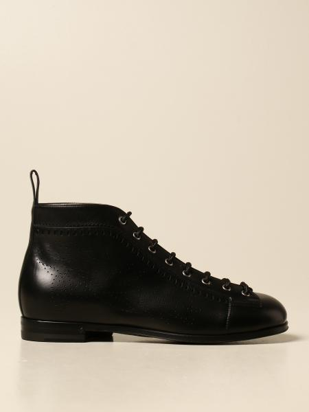 Gucci leather ankle boot with perforated details