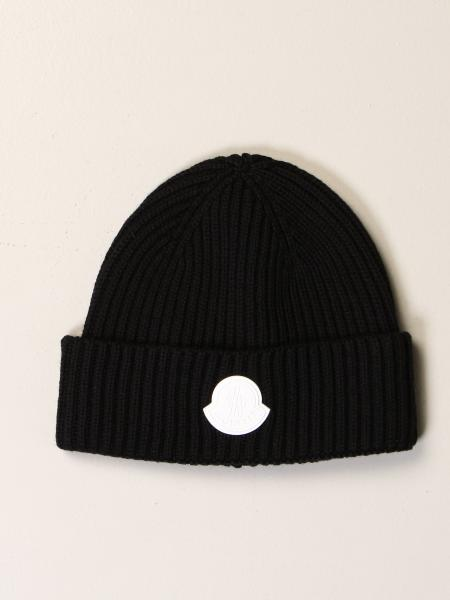 Cappello Moncler in lana con logo in gomma