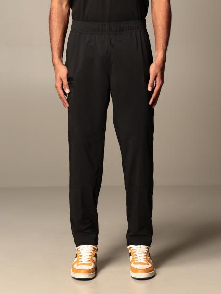 The North Face: Pantalone Jogging The North Face in nylon color block