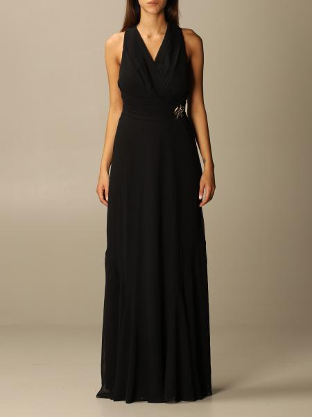 Maximum long sleeveless with brooch