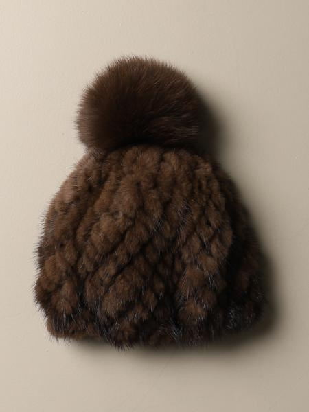 Delia Max Mara hat in knitted fox mink