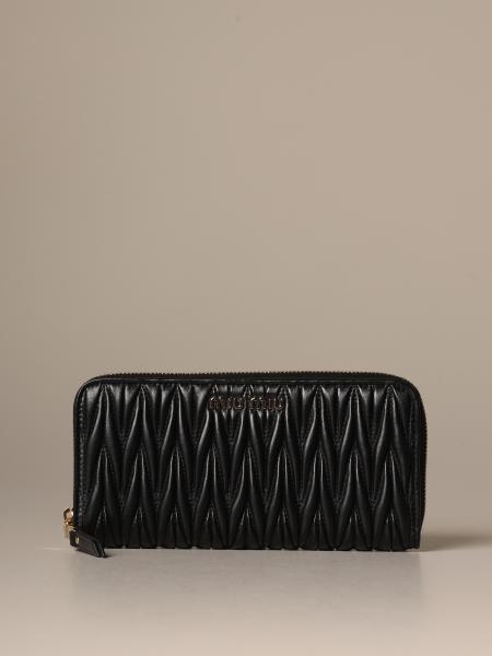 Miu Miu wallet in matelassé leather with logo