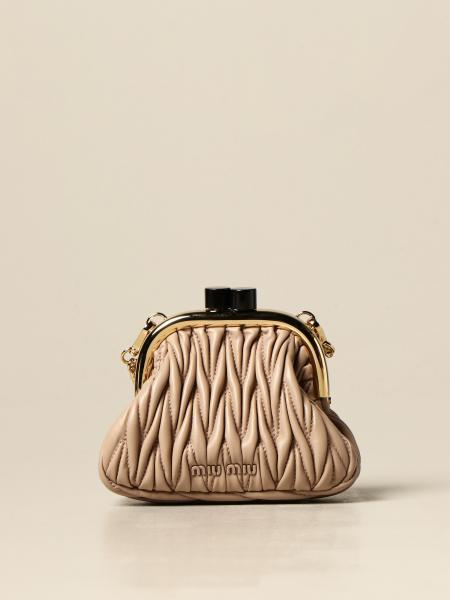 Miu Miu: Miu Miu shoulder pouch in matelassé leather