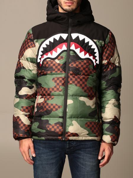 Sprayground: Sprayground down jacket in camouflage nylon with shark