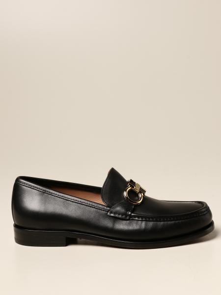 Salvatore Ferragamo men: Rolo Salvatore Ferragamo leather moccasin with Gancini clamp