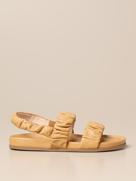 Ruched leather slide