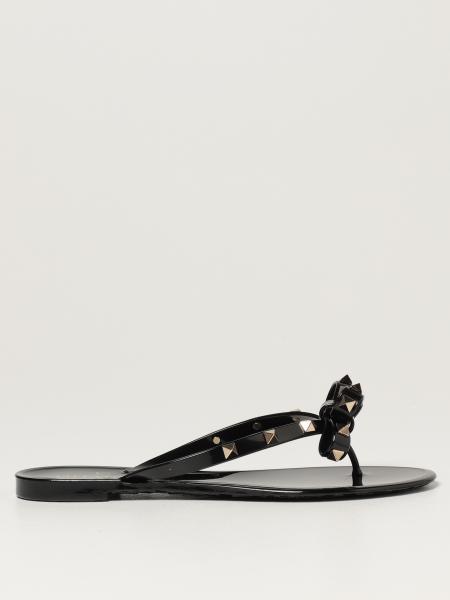 Sandalo a infradito Rockstud Valentino Garavani con fiocco
