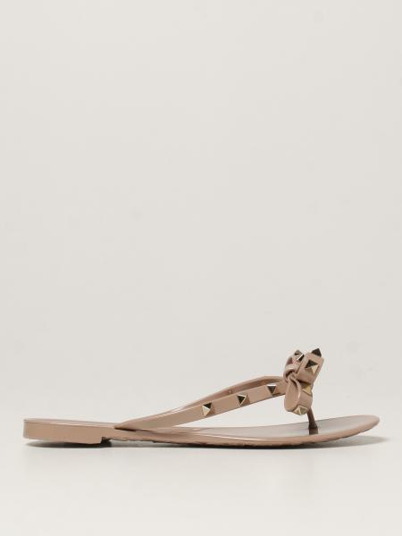 Valentino: Sandalo a infradito Rockstud Valentino Garavani con fiocco