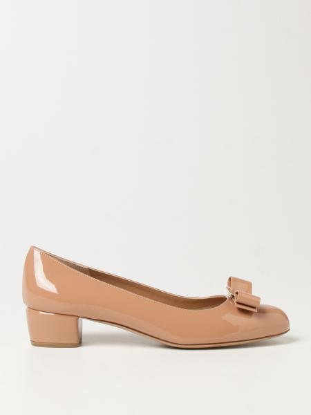 Vara Salvatore Ferragamo patent leather ballerina