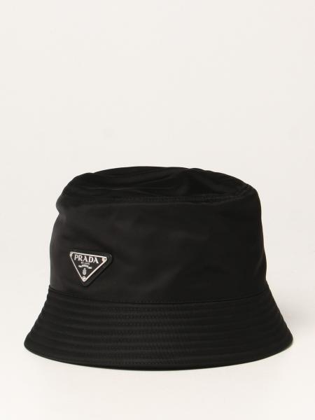 Prada: Cappello da pescatore Prada in Re-nylon con logo triangolare