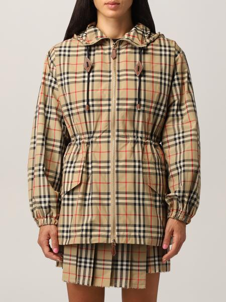 Binham Burberry jacket in recycled polyester with vintage check pattern