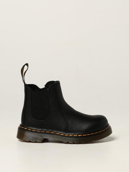 Dr. Martens 2976 Chelsea boots in leather