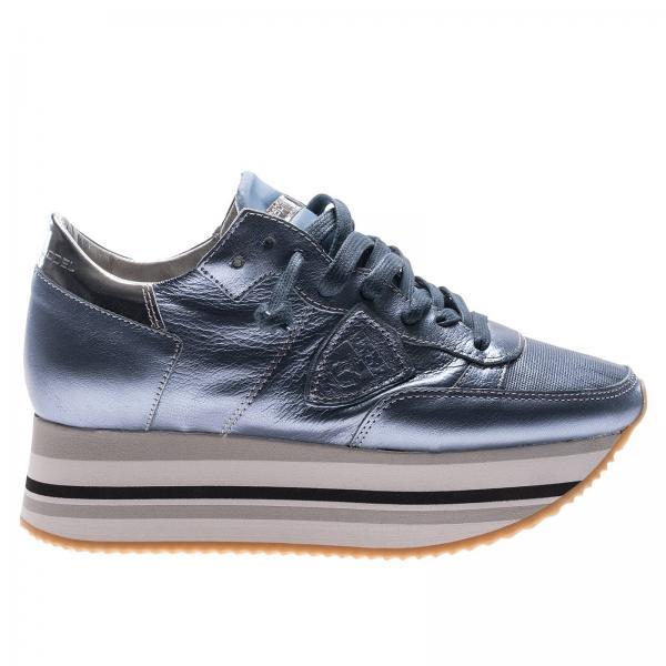 Sneakers in pelle laminata con maxi suola platform a righe. € 345,00.  Sneakers Donna Philippe Model