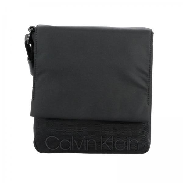 new product 7c3e2 3a8db Borsello calvin klein in nylon con logo in rilievo