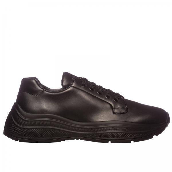 Sneakers Prada stringata in pelle con suola in gomma