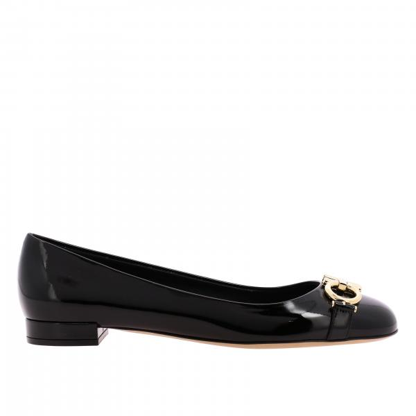 Gancini Salvatore Ferragamo patent leather pumps