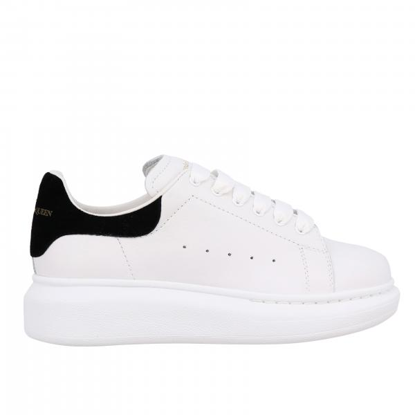 Alexander Mcqueen sneakers in smooth leather with logo