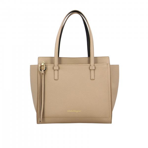 Salvatore Ferragamo bag in textured leather with logo