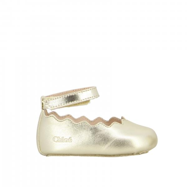 Chloé shoe in laminated leather with strap
